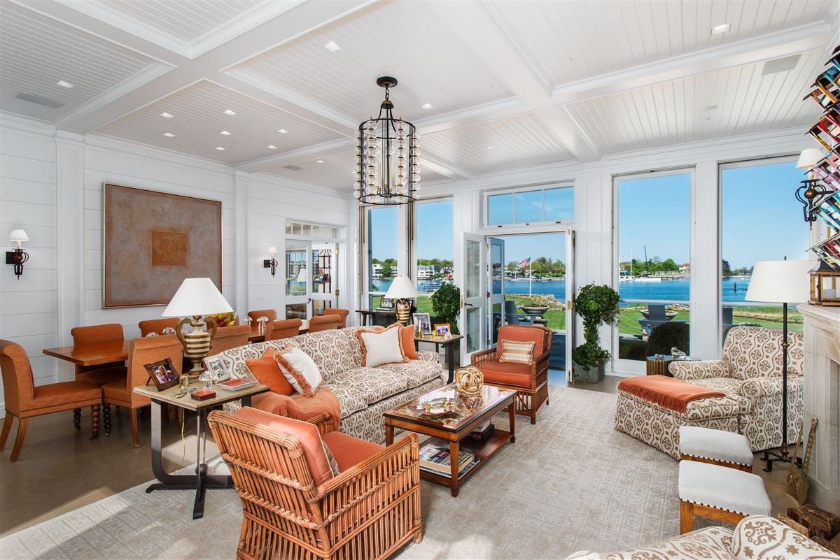 Luxury homes in extraordinary Belle Haven waterfront estate