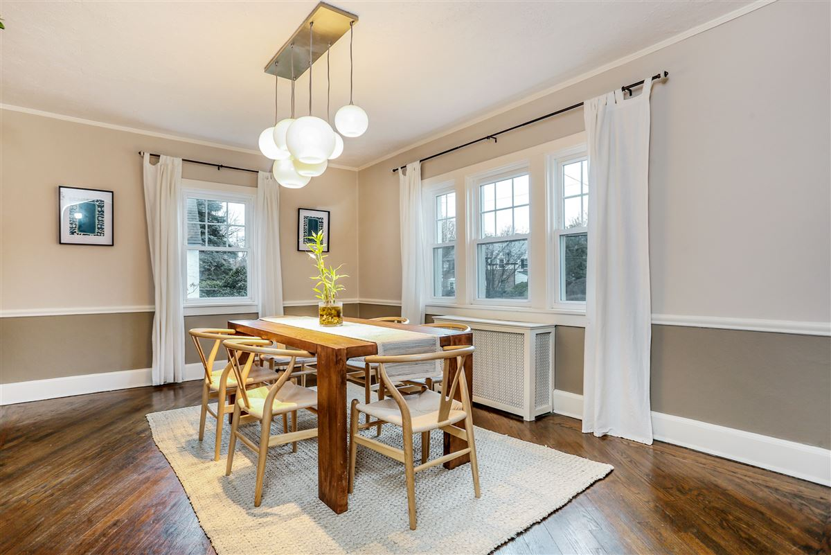 Tastefully renovated and pristine center hall Colonial luxury homes