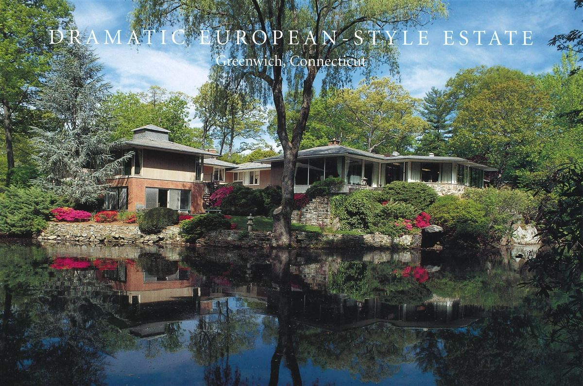 Lakefront in private Indian Harbor Association luxury properties