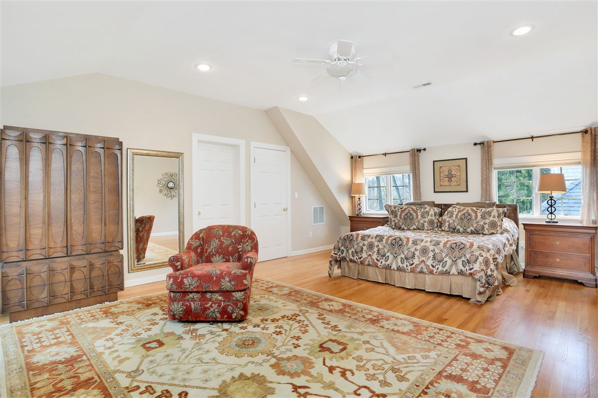 Luxury properties Charming stone and clapboard six bedroom