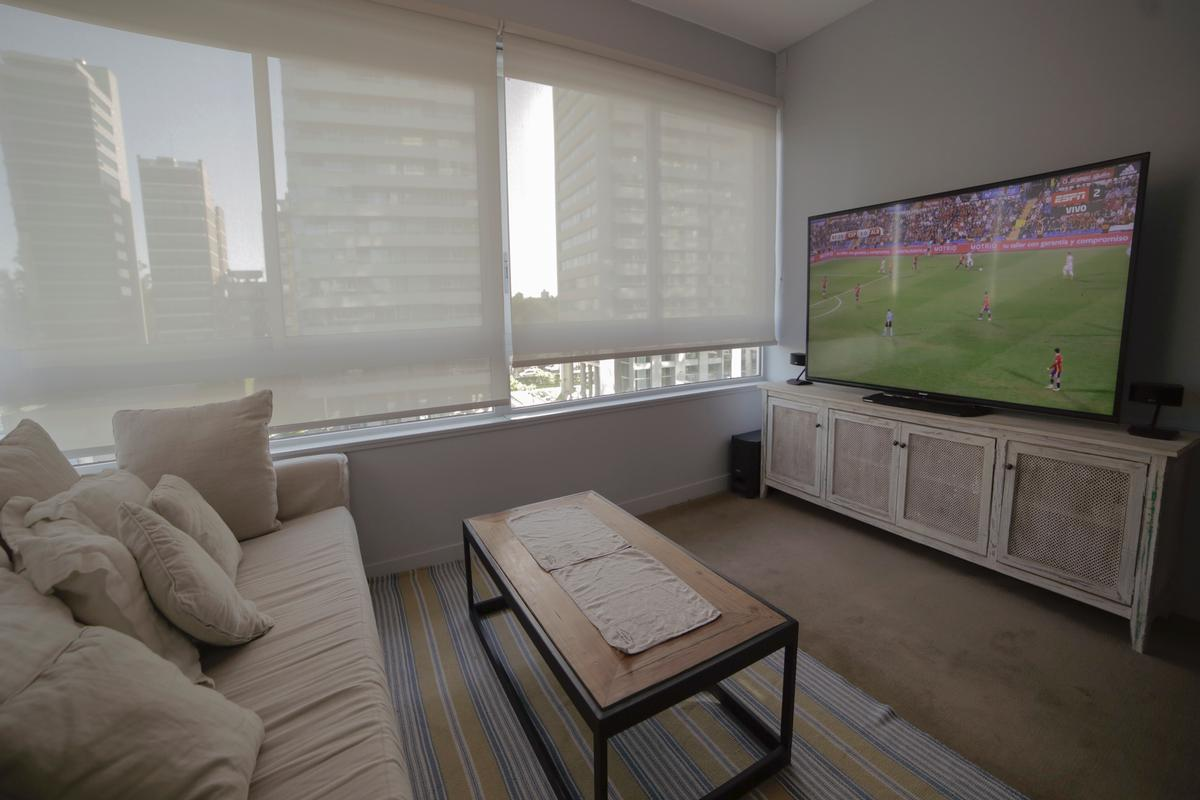 Luxury homes in Exclusive apartment in a full-amenities tower