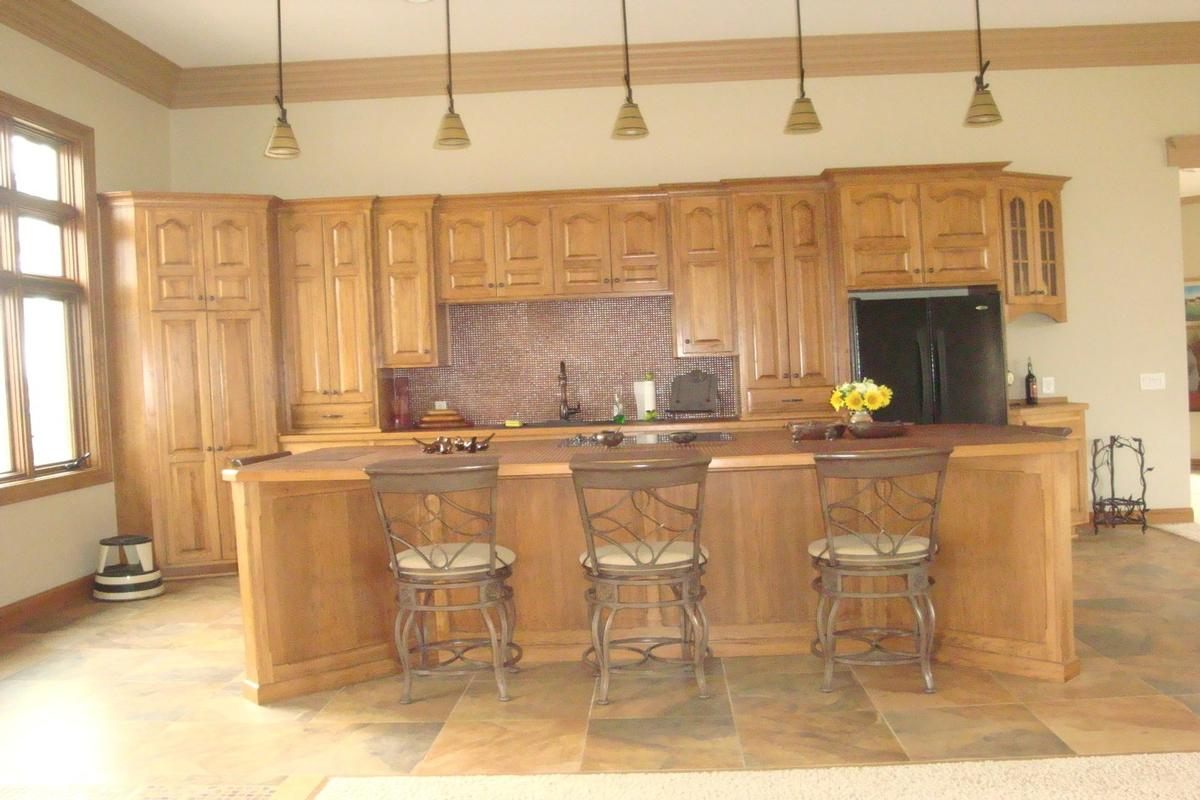 Mansions 713 N 1800 East Road Milford, IL 60953