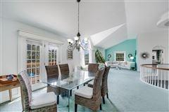 Luxury homes in a Montauk escape