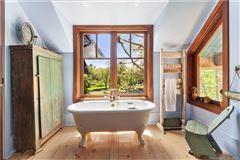 Luxury homes Alexander Julian Estate