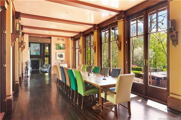 Luxury properties Alexander Julian Estate
