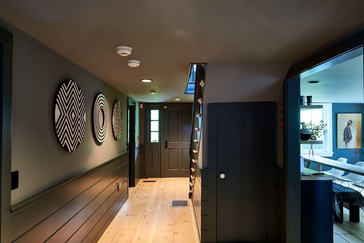 Luxury properties C1825 farmhouse