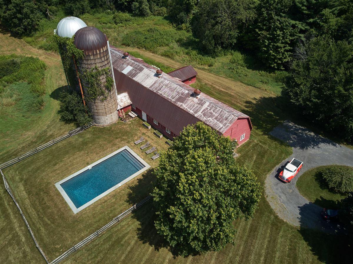 Luxury real estate C1825 farmhouse