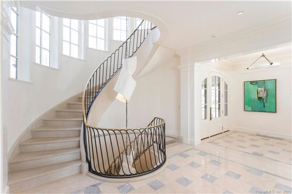 Extraordinary Belle Haven direct waterfront home luxury real estate