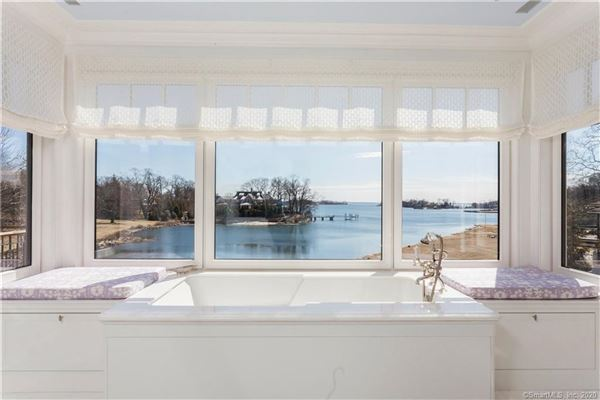 Mansions Extraordinary Belle Haven direct waterfront home