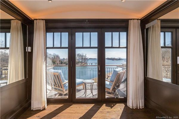 Luxury real estate Extraordinary Belle Haven direct waterfront home