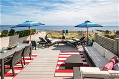 Mansions special celebrity-owned beach home