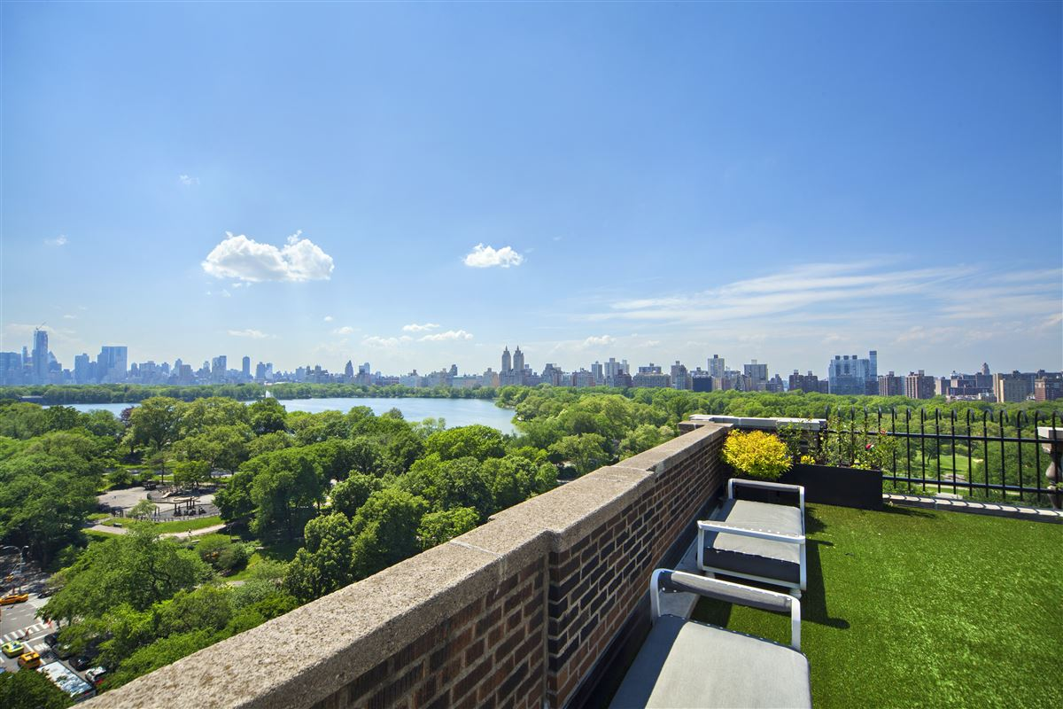 Mansions in meticulously renovated penthouse duplex