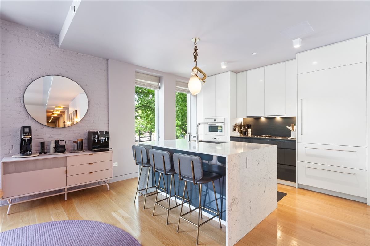 Luxury real estate beautifully designed, reimagined form of brownstone Brooklyn.