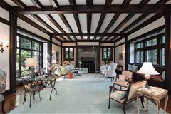Mansions in Historic custom built Estate