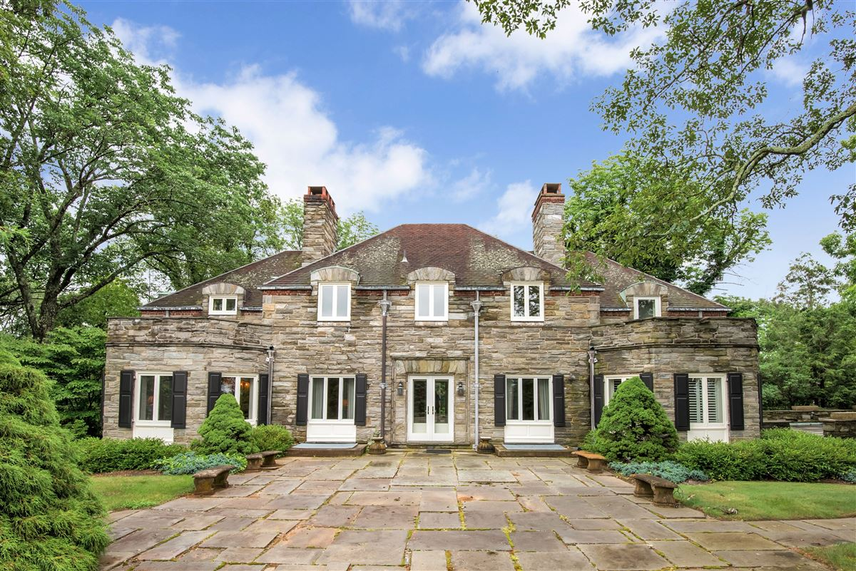 Luxury properties a Historic Manor Home