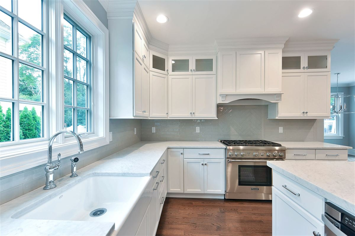 Luxury homes in sought after Glen Ridge community