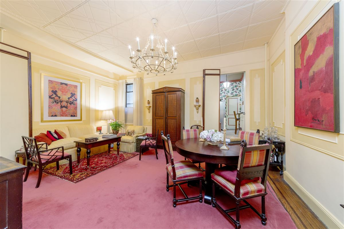 Luxury homes amazing and versatile brownstone in Central Historic Cobble Hill