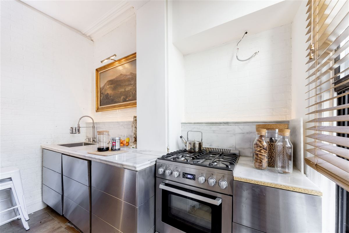 Luxury real estate amazing and versatile brownstone in Central Historic Cobble Hill