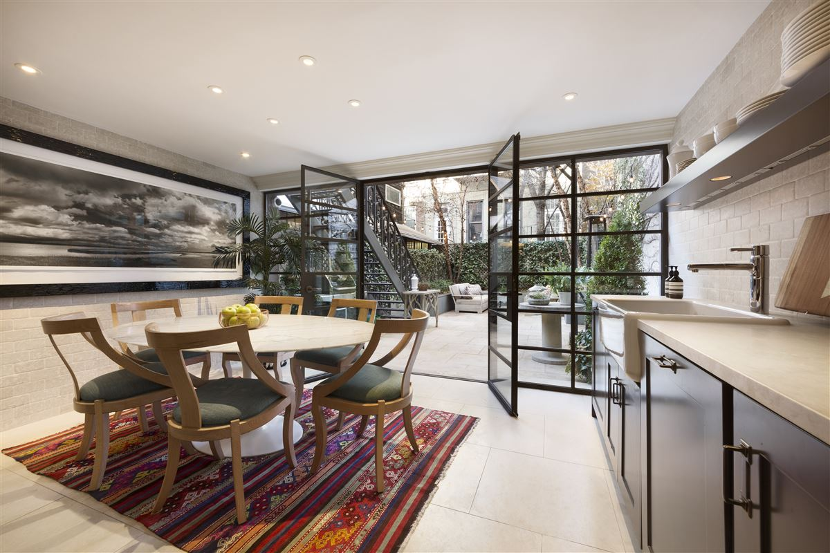 Swank and gorgeous townhouse in the West Village mansions