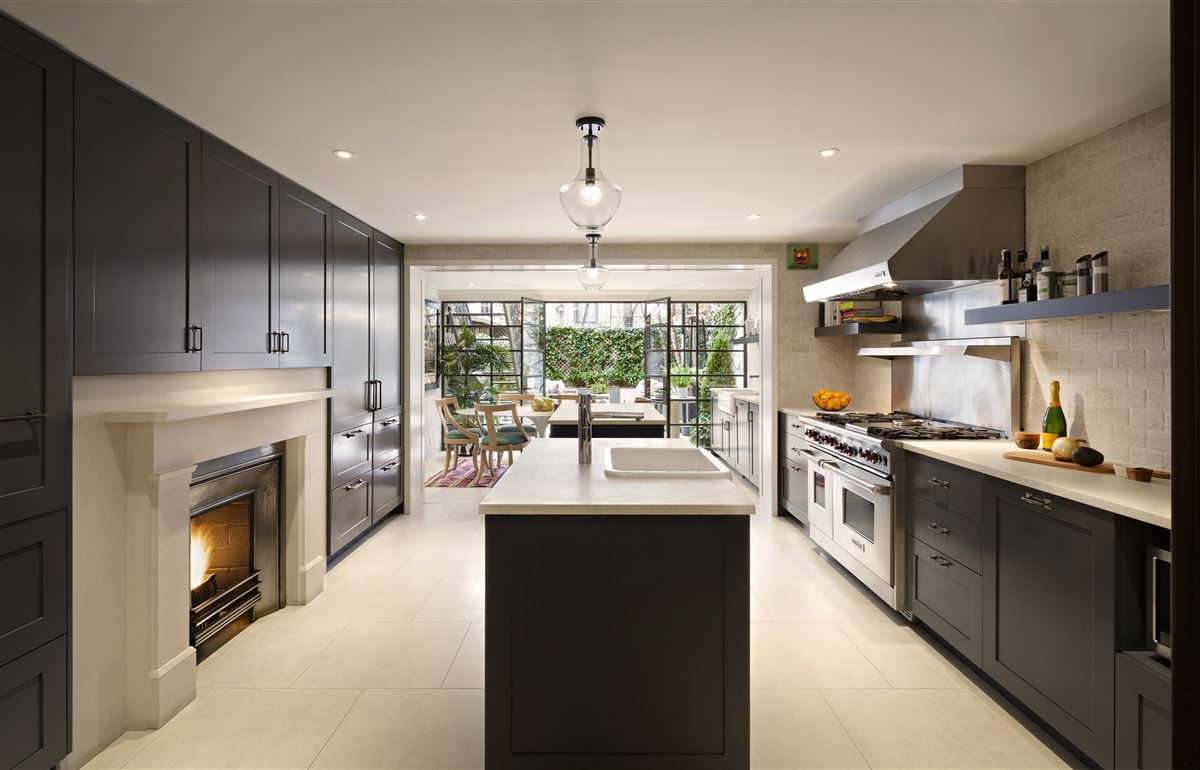 Luxury homes Swank and gorgeous townhouse in the West Village