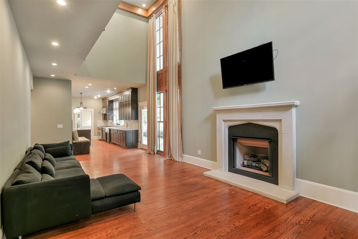 Luxury properties exquisite home in Eagle Rock Reservation