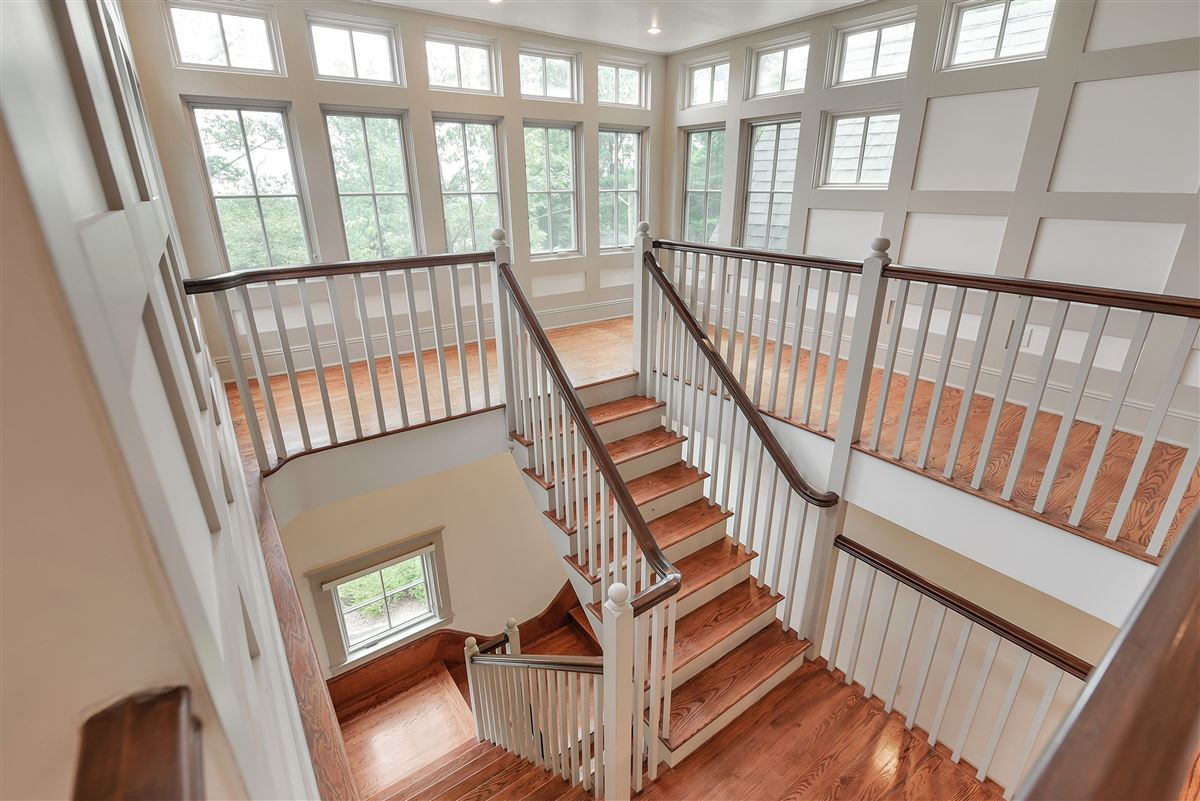 exquisite home in Eagle Rock Reservation luxury homes