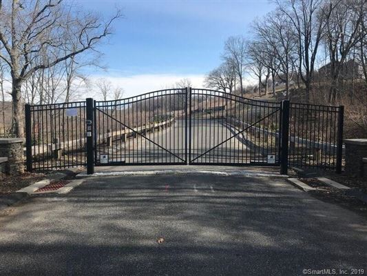 Luxury homes a beautiful new home in Southbury