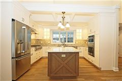 Mansions a beautiful new home in Southbury