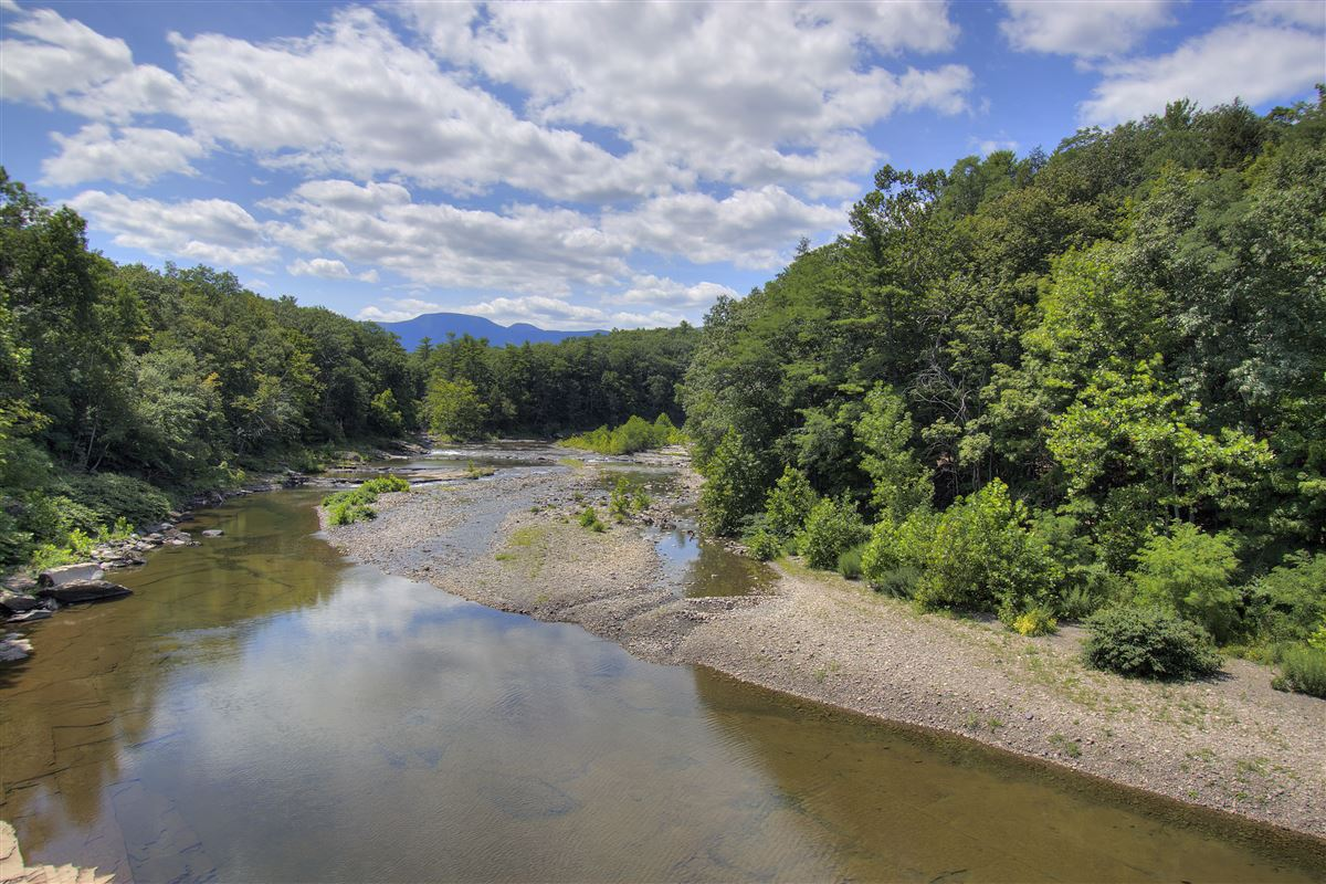 your catskill river paradise  luxury properties