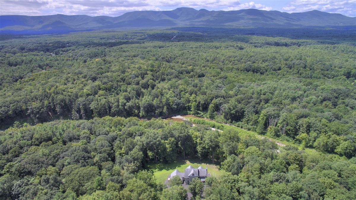 Luxury homes in your catskill river paradise