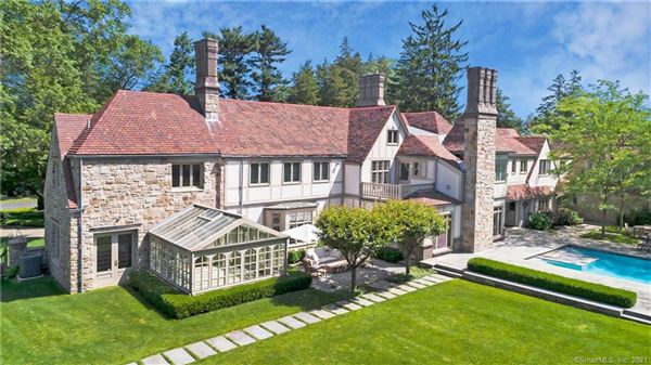 Exceptional Belle Haven peninsula stone English Manor style luxury real estate