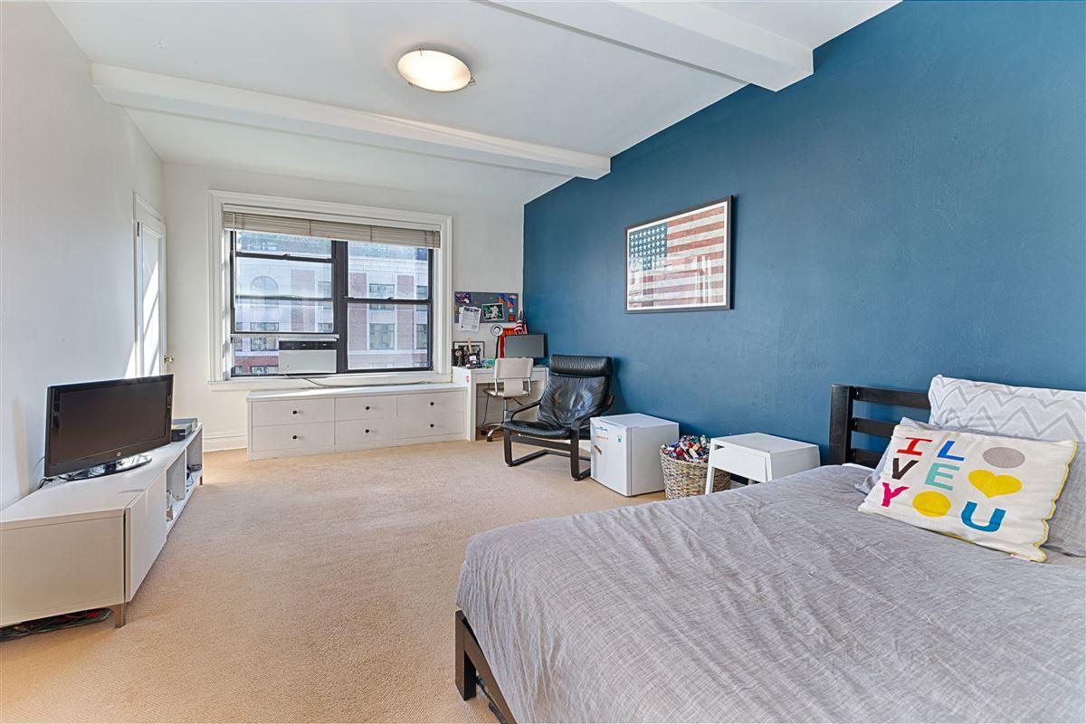 Luxury real estate Sprawling prewar four bedroom southeast corner home