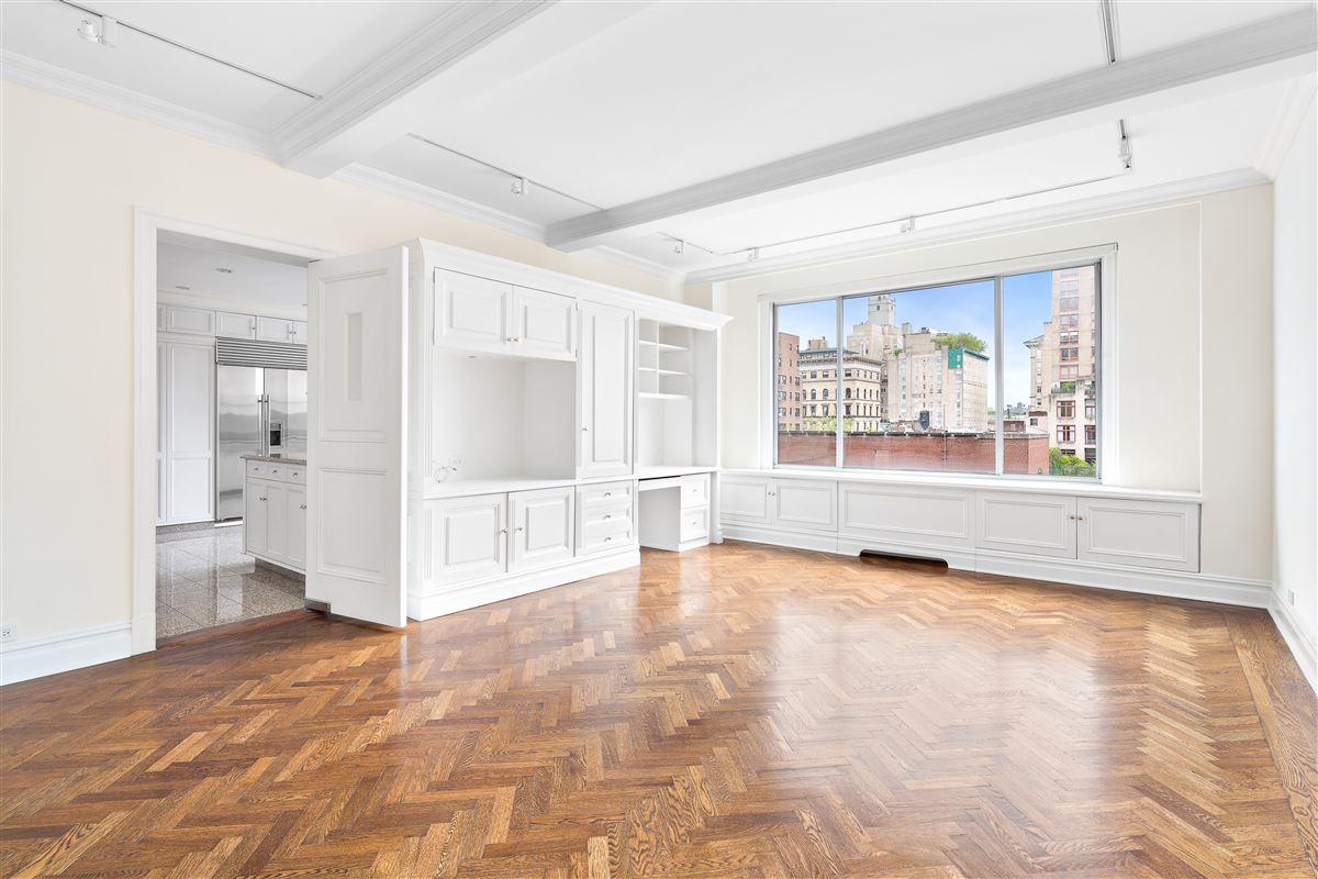 exclusive and elegant residence luxury properties