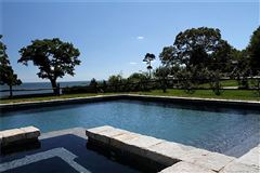 Paradise found at Wallacks Point mansions
