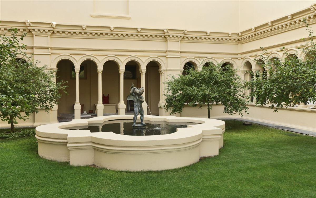 Luxury properties magnificent condominium in historic Dicks Castle