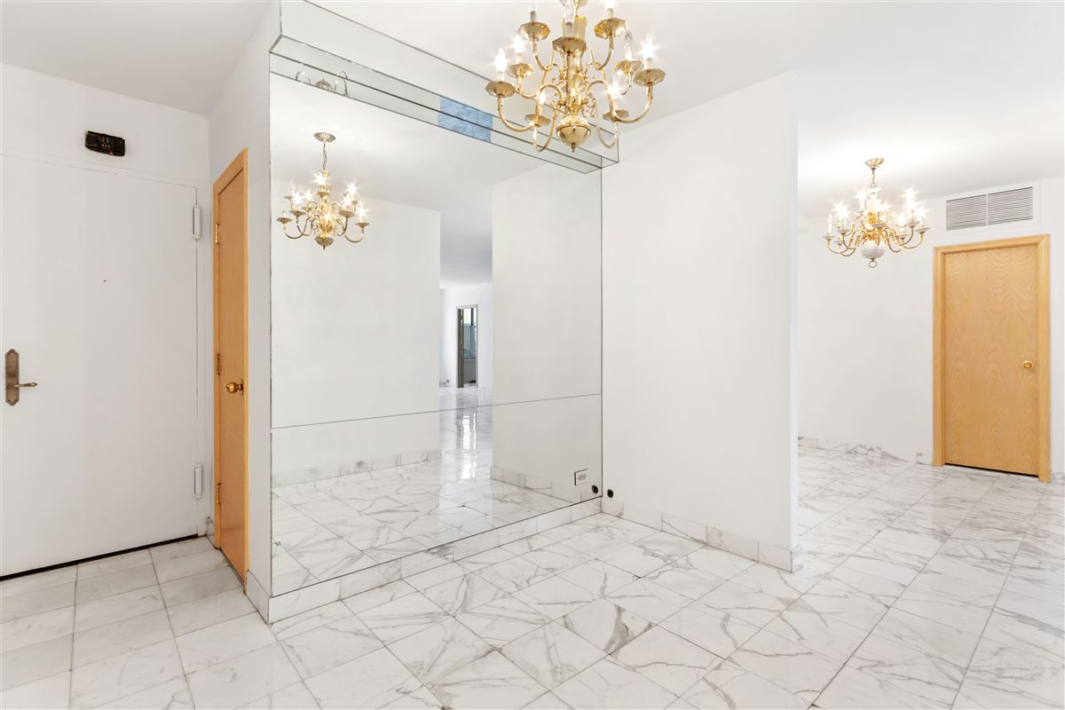 Luxury real estate two bedroom apartment in the upper east side