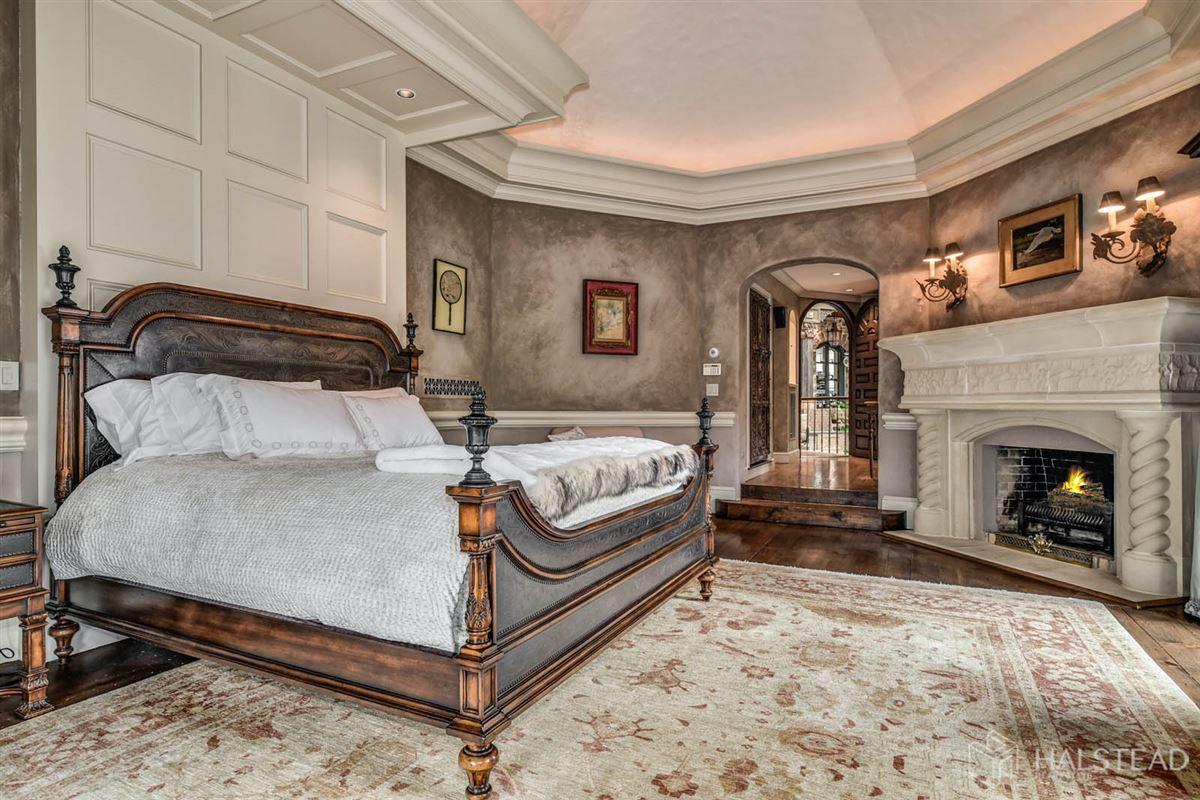 majestic restored hillside Villa in darien luxury properties