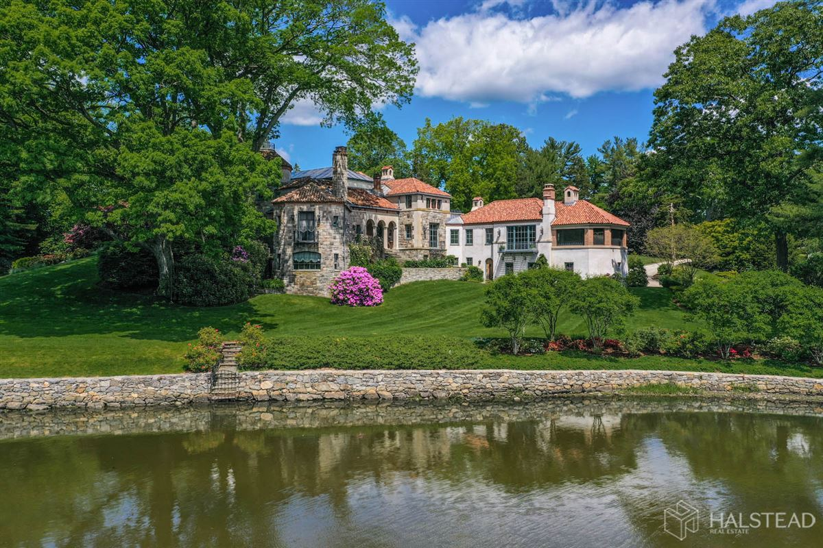 Mansions majestic restored hillside Villa in darien