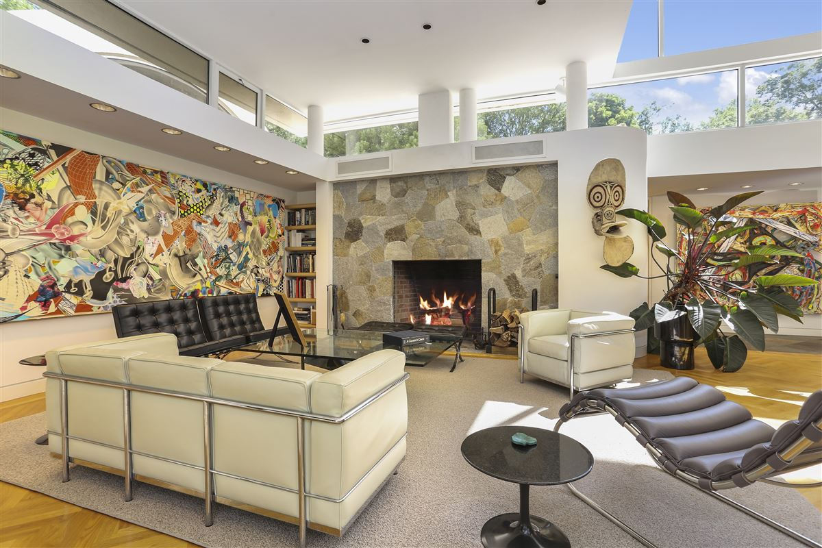 Luxury homes A contemporary work of art