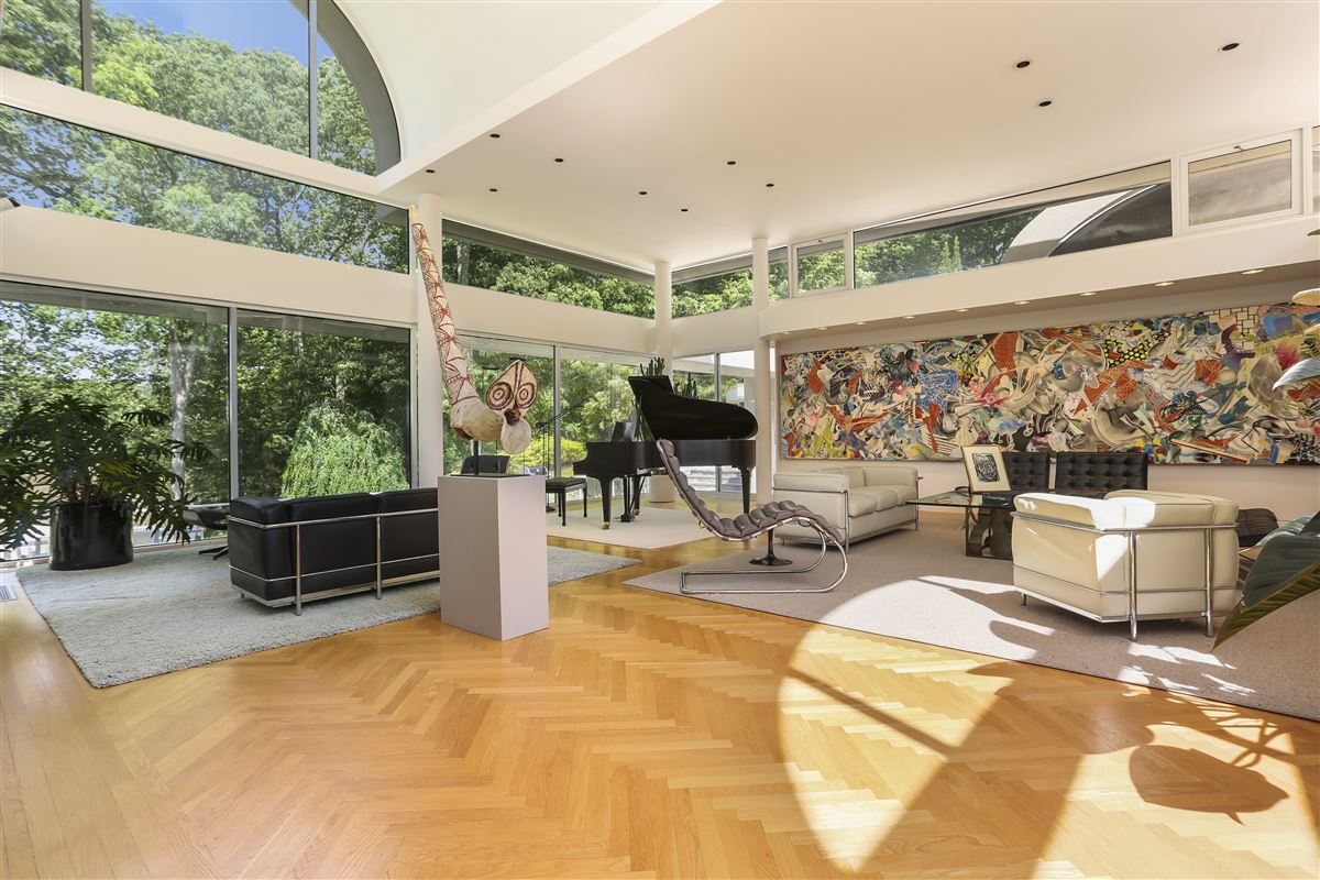 A contemporary work of art luxury homes