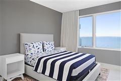 Luxury real estate Ultra-modern home in East Hampton