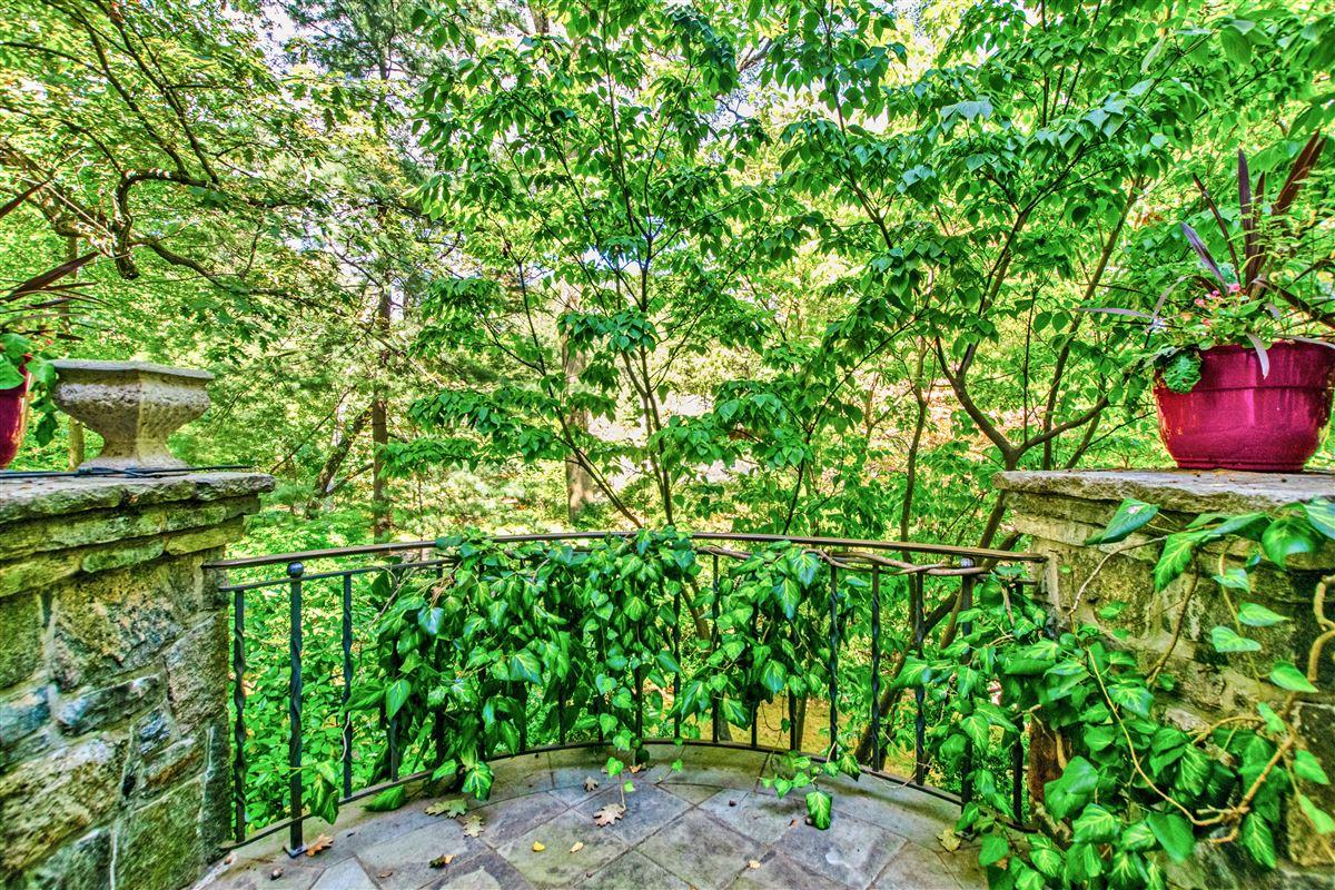 beautiful home in exclusive Fieldston luxury homes