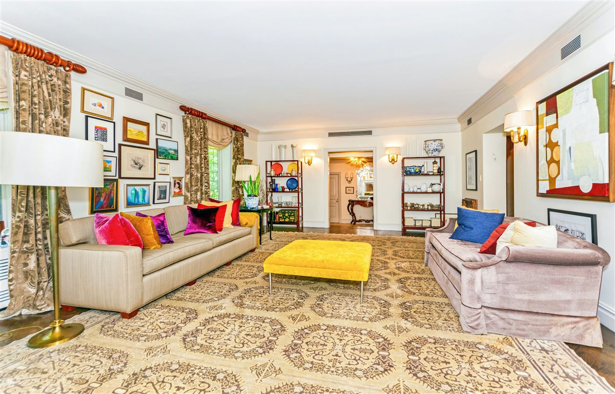 Luxury homes in beautiful home in exclusive Fieldston