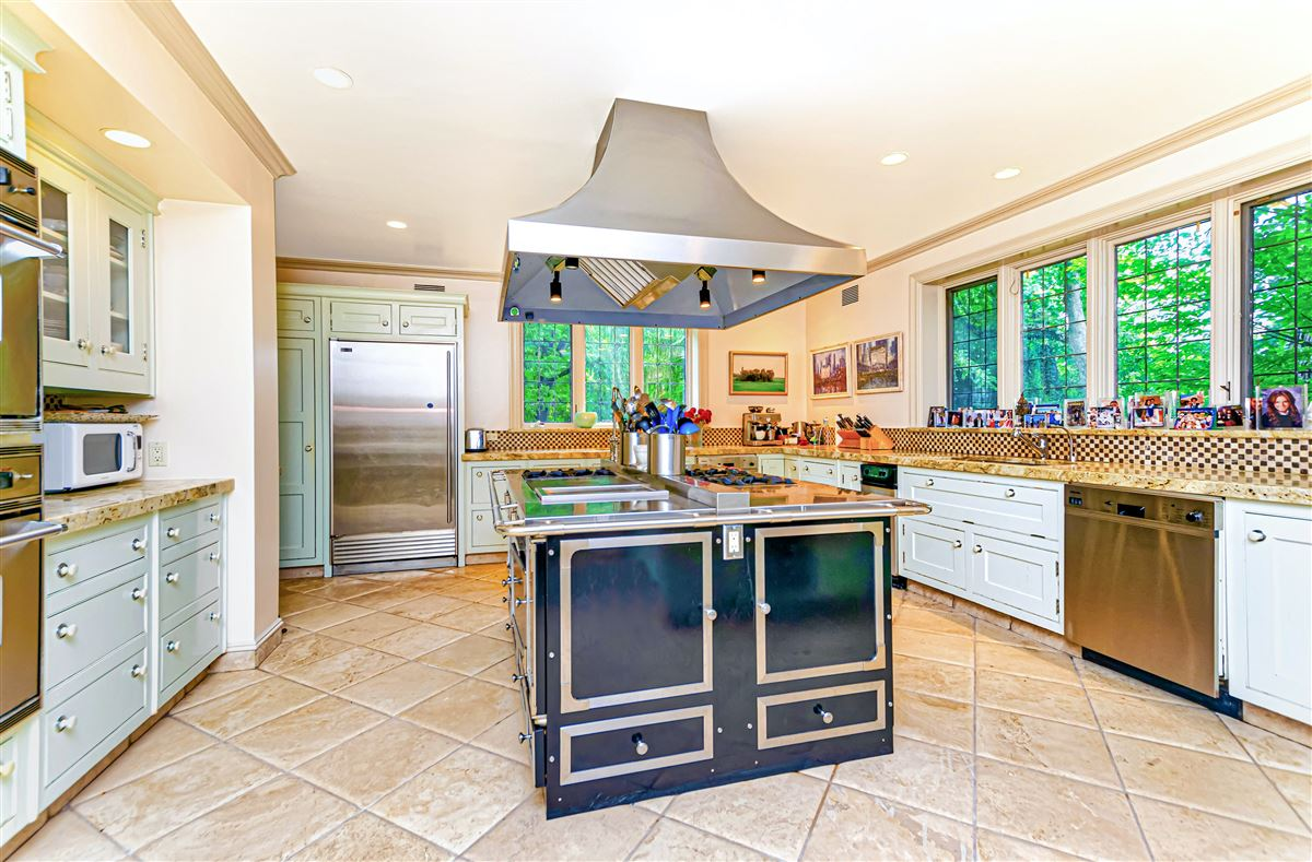 Luxury homes beautiful home in exclusive Fieldston