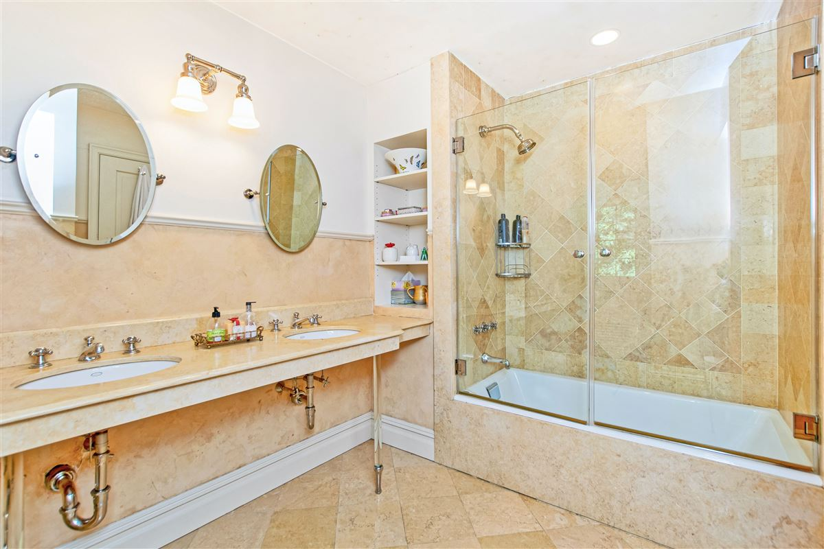Mansions beautiful home in exclusive Fieldston