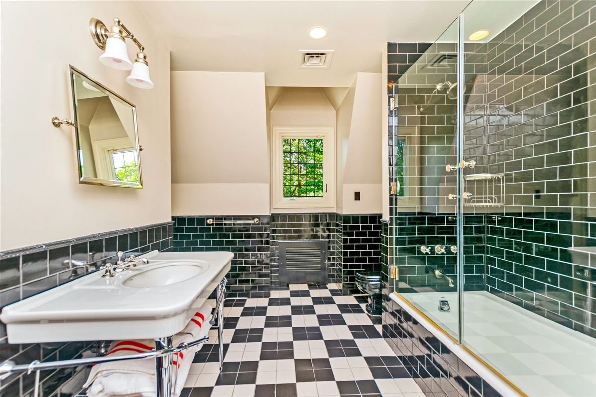 beautiful home in exclusive Fieldston mansions