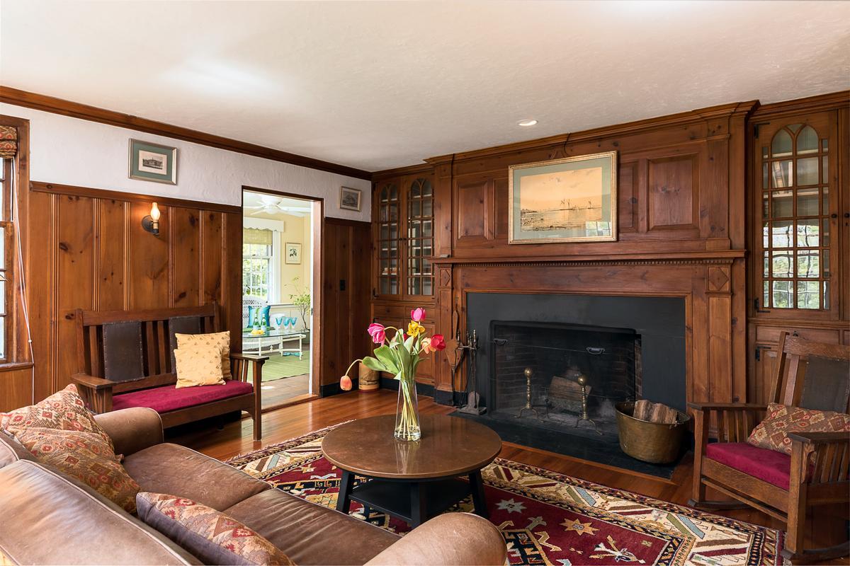 gracious Hingham home luxury homes