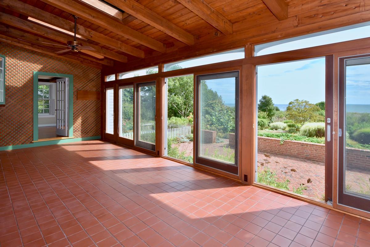 Oceanfront home luxury properties