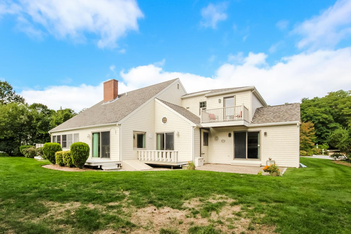 Beautiful Colonial in a private setting luxury properties