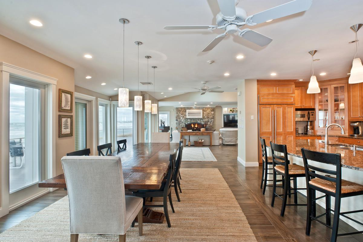 Welcome to oceanfront living luxury homes